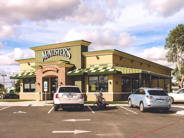 Track record recently closed transactions sambazis retail group for Olive garden springfield illinois