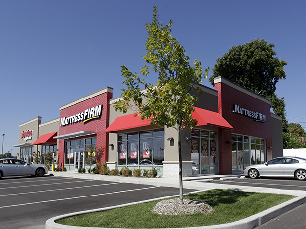 Mattress Firm & Physicians (South Bend, IN)